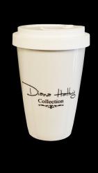 Kaffee Becher mit Diana Hattwig SCHWARZEM DECKEL